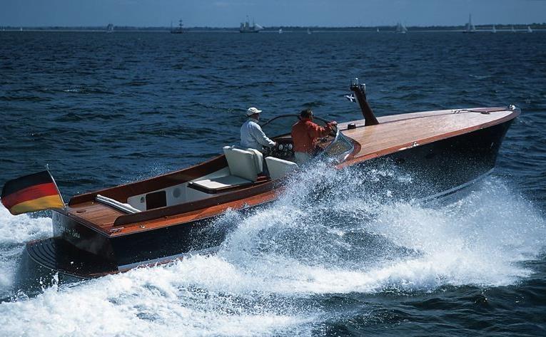 Agua con Gas, Yacht, 10 mt - Dubbel & Jesse