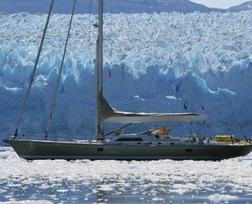 Dharma noleggio yacht ai Caraibi
