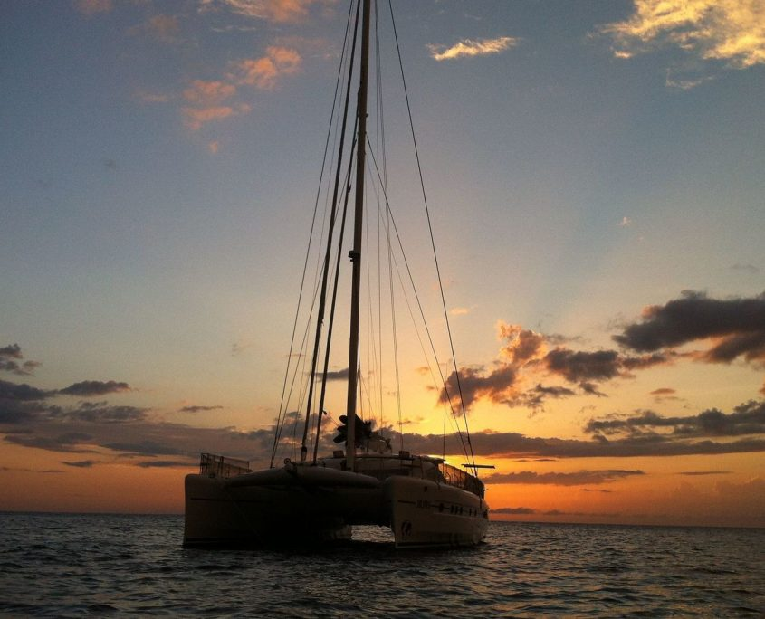 Orion 90,Yacht,27.43-Catana