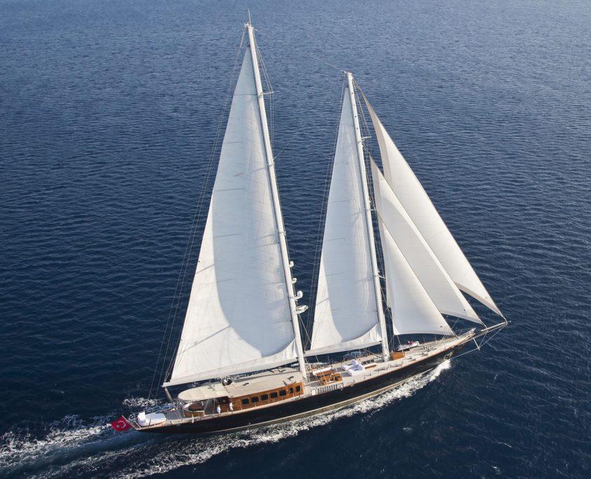 Regina, Yacht, 56 m