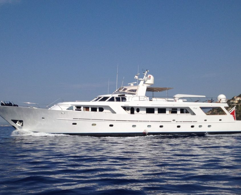 India, Yacht, 35.4m - Benetti