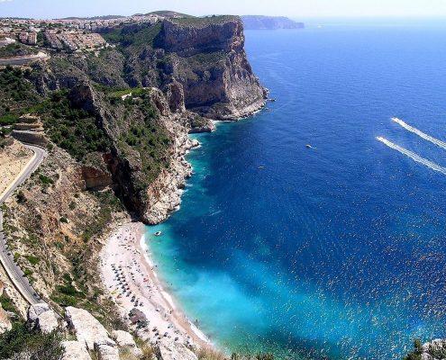 charter alle baleari-Cumbre-del-Sol-Playa-del-Moraig-Formentera