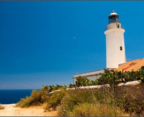 charter-alle-baleari-Formentera-faro