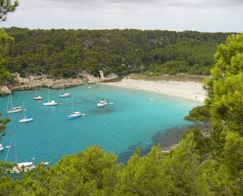 charter-alle-baleari-minorca-Cala-Trebalger