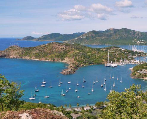 a-vela-ai-caraibi-antigua-panoramica