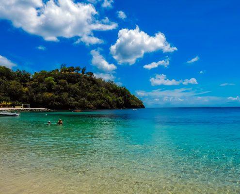 a-vela-ai-caraibi_st.vincent-spiaggia
