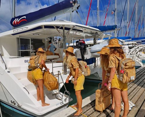 Polinesia-in-catamarano-1-team