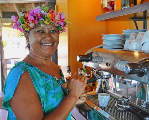 Polinesia-in-catamarano-3-locali-caffè