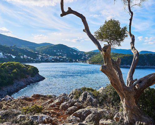 Crociera in barca a vela in Grecia itaca spiaggia