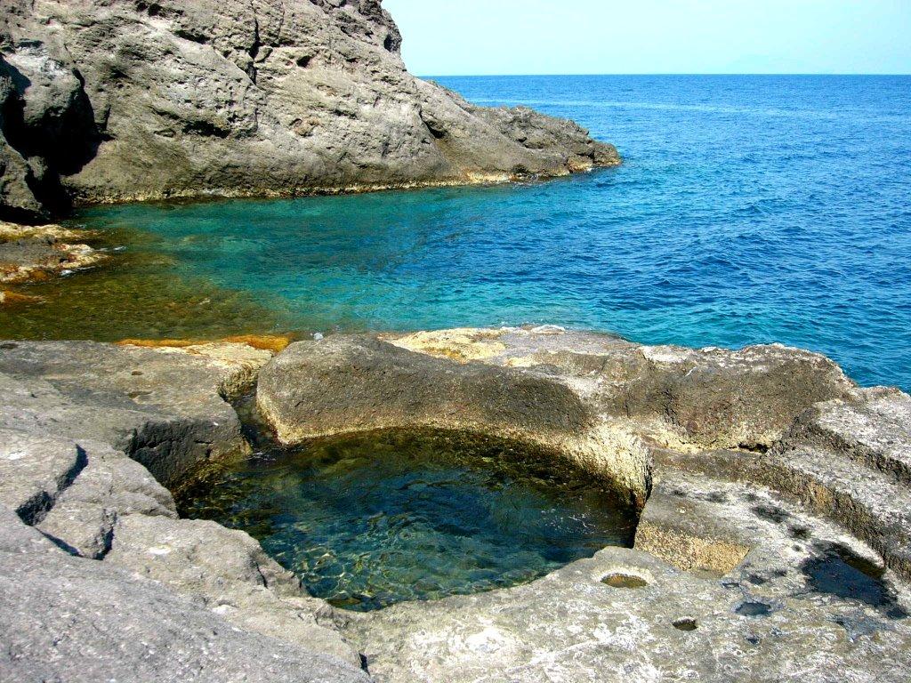 Noleggio barche a Ponza spiaggia santo stefano
