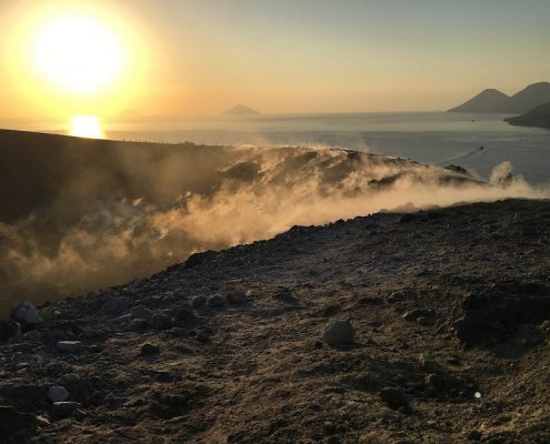 charter alle eolie vulcano
