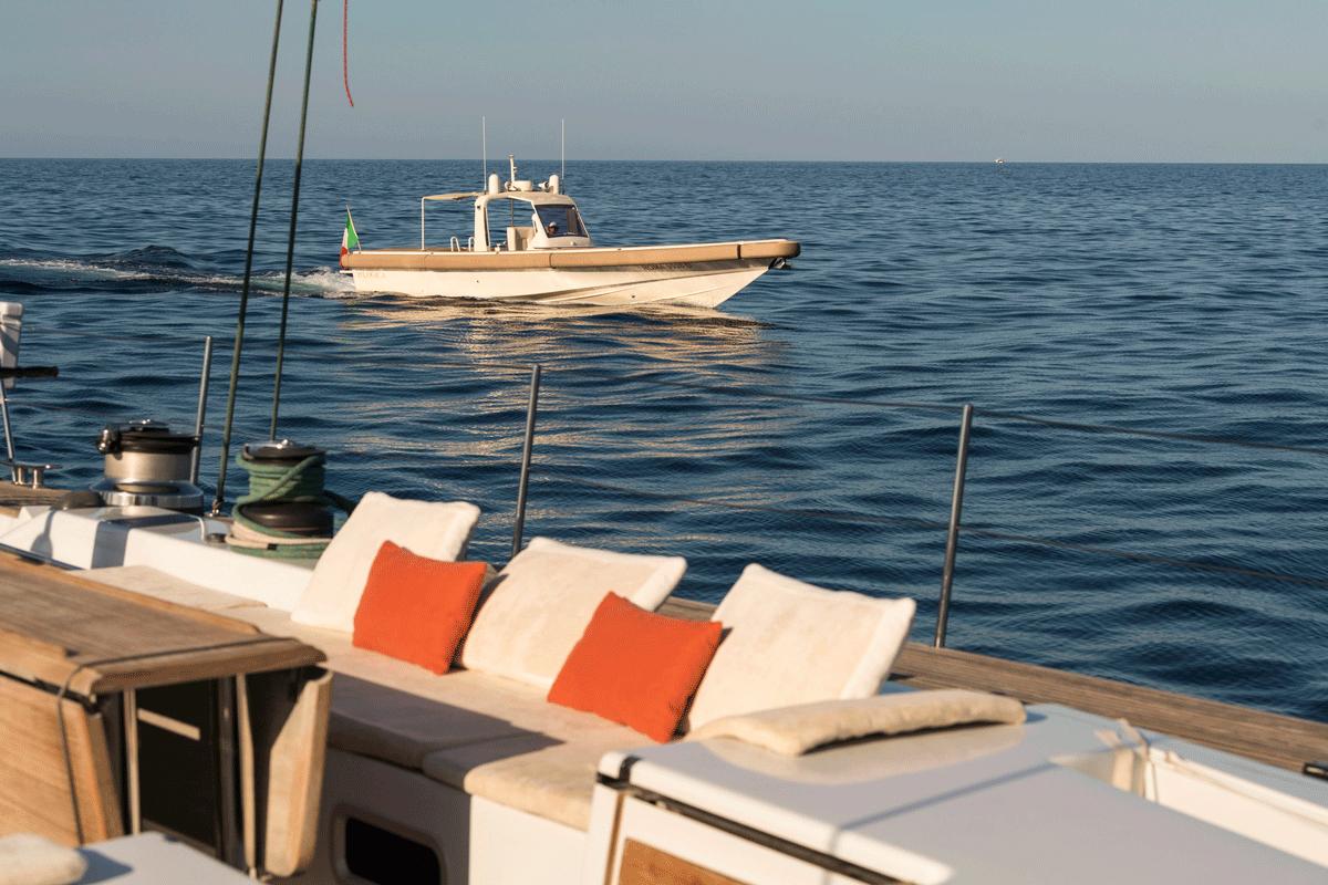 logica yacht pozzetto