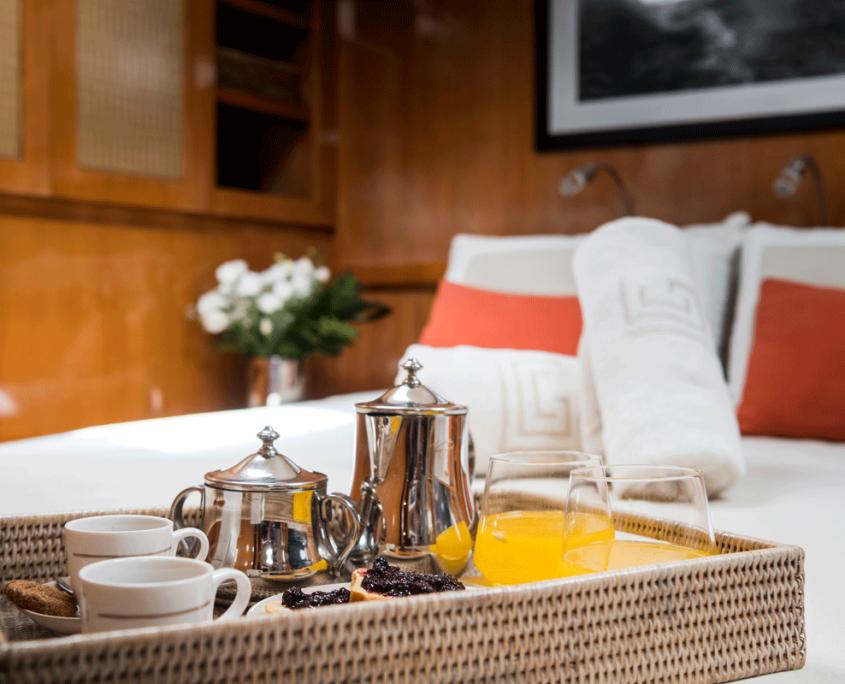 logica yacht colazione letto