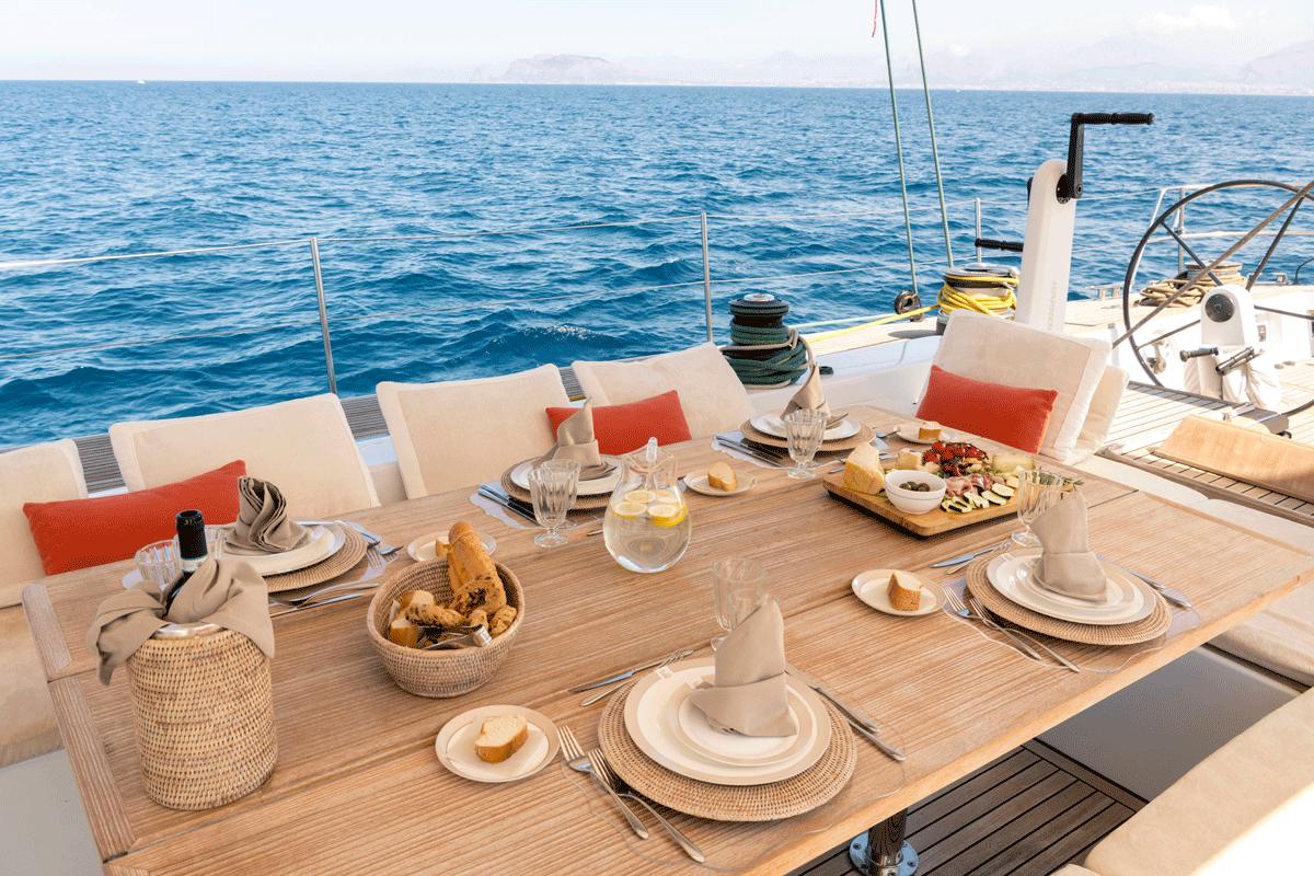 logica yacht pranzo
