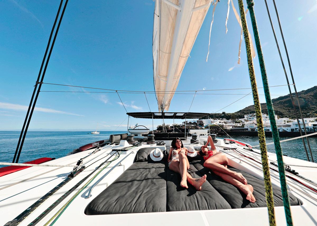 kaskazi four yacht charter
