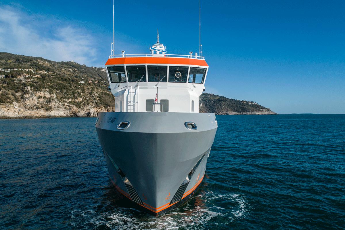 genesia yacht bow