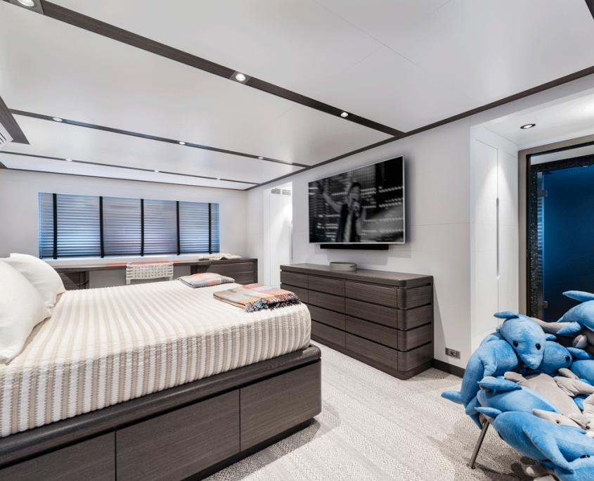 genesia yacht owner cabin