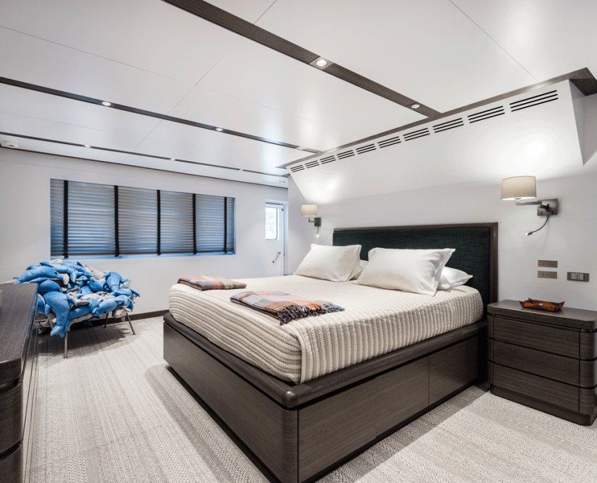 genesia yacht owner cabin equinoxe