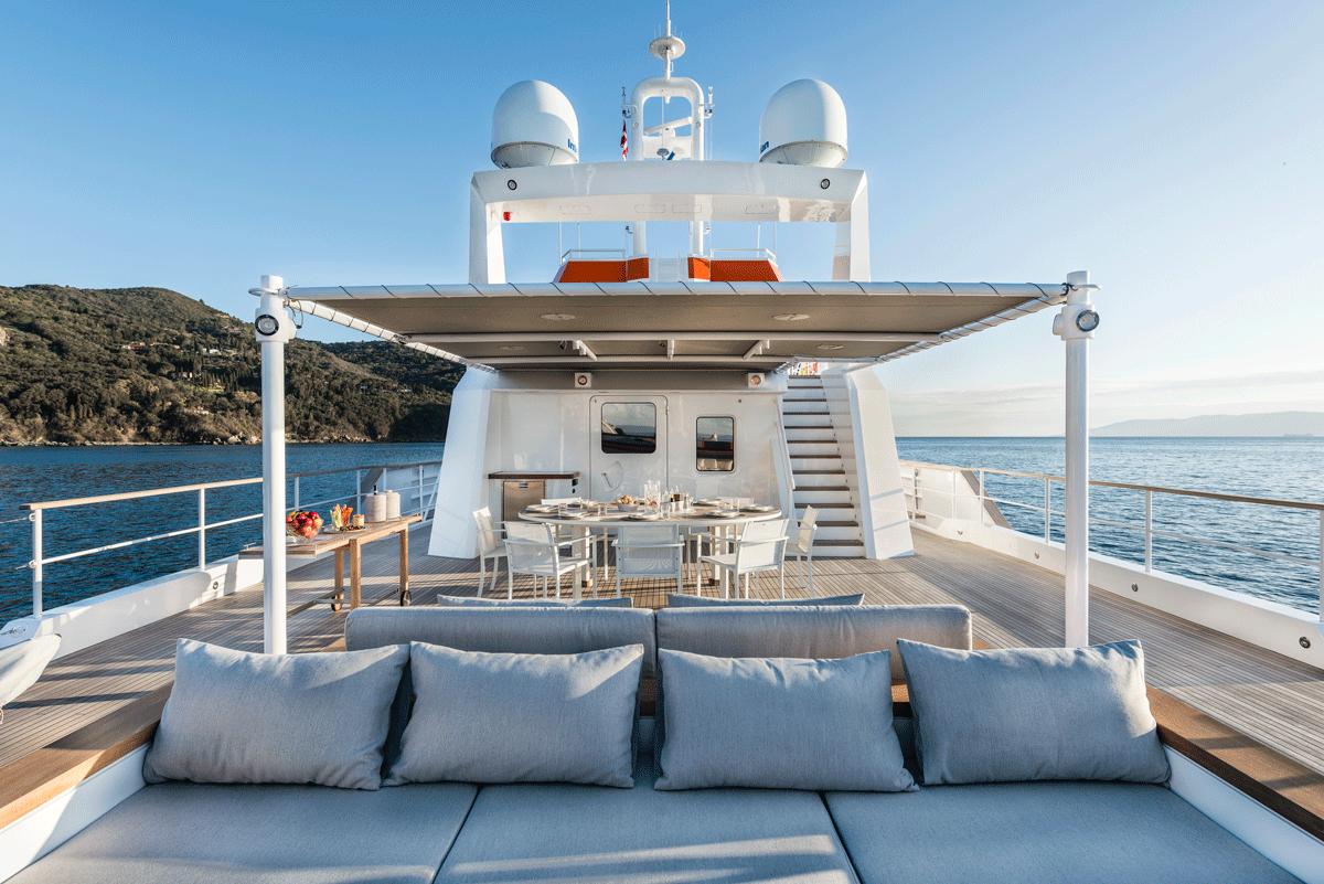 genesia yacht sundeck
