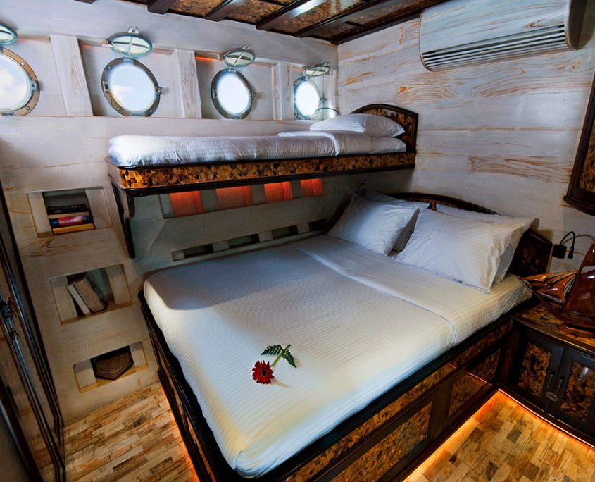 mantamae guest cabin indonesia