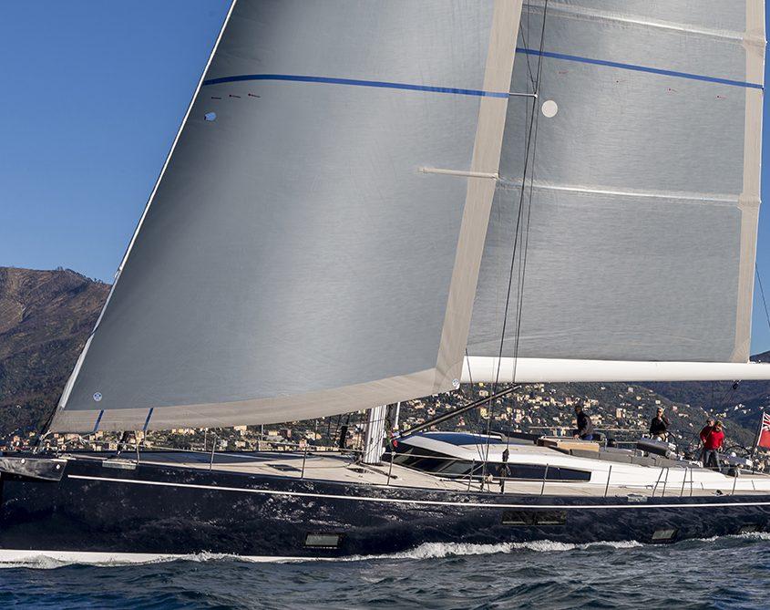 Jikan yacht equinoxe