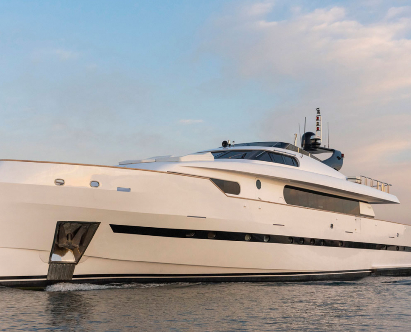 motor yacht project steel