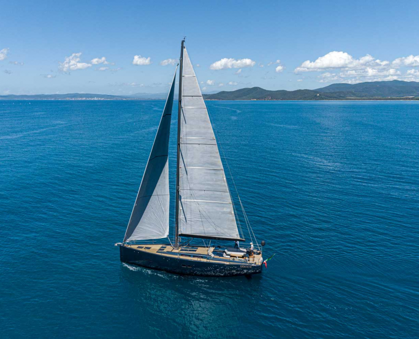sailing yacht kind of blue
